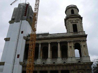 Kostel, bohužel trochu pod lešením