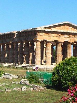 Starobylé chrámy v Paestu