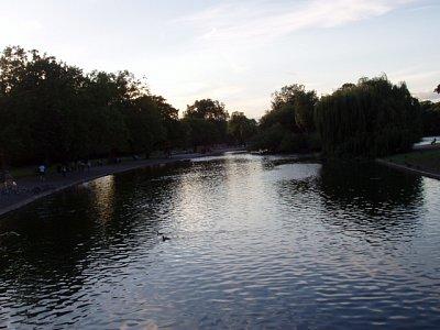 Jezero v St. James parku (nahrál: admin)
