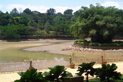 Lake gardens (nahrál: admin)
