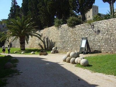 Rhodos - hradby starého města (nahrál: marcela)