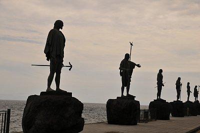 Candelaria - Sochy gaučů, prvních obyvatel ostrova Tenerife (nahrál: emiliana)
