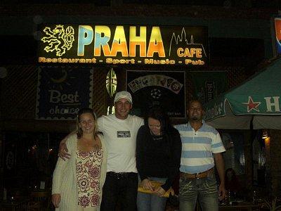 Celebrity v Cafe Praha (nahrál: admin)