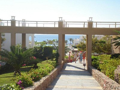 cesta z hotelu na pláž (nahrál: Veronika)