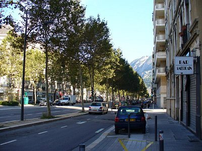 Centrum Grenoble (nahrál: Holo)